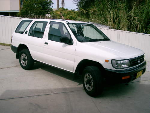 1998 used nissan pathfinder wagon car sales belmon north nsw as new 13 000. Black Bedroom Furniture Sets. Home Design Ideas
