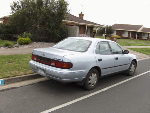 1995 used toyota camry sedan car sales highton vic. Black Bedroom Furniture Sets. Home Design Ideas