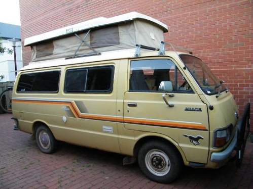 d08ebeb8f1 Used TOYOTA HIACE CAMPERVAN MOD) Campervan pop-top for sale with Toyota  Hiace campervan pop-top with engine only 150 000km  6