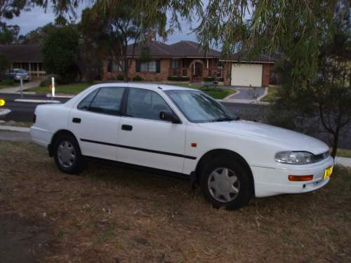 1996 used toyota camry sedan car sales yagoona nsw good 3 000. Black Bedroom Furniture Sets. Home Design Ideas
