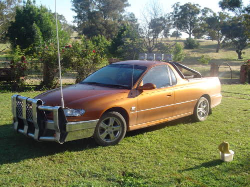used-holden-ute-vu-s-for-sale-with-vu-2001-6-spd-5-7ltr-bullbar-rollbar-fully-optioned-tiger-mica-excellent-condition-24-000