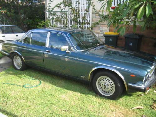 1986 used jaguar daimler double six car sales brisbane qld used 10 000. Black Bedroom Furniture Sets. Home Design Ideas