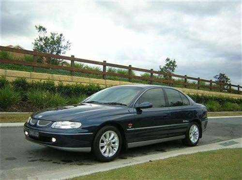 1998 used holden calais vt supercharged sedan car sales gold coast qld 11 500. Black Bedroom Furniture Sets. Home Design Ideas
