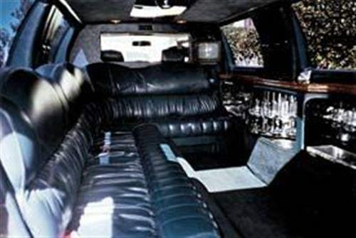 1995 Used Lincoln Towncar Super Stretch 12 Seater Limousine